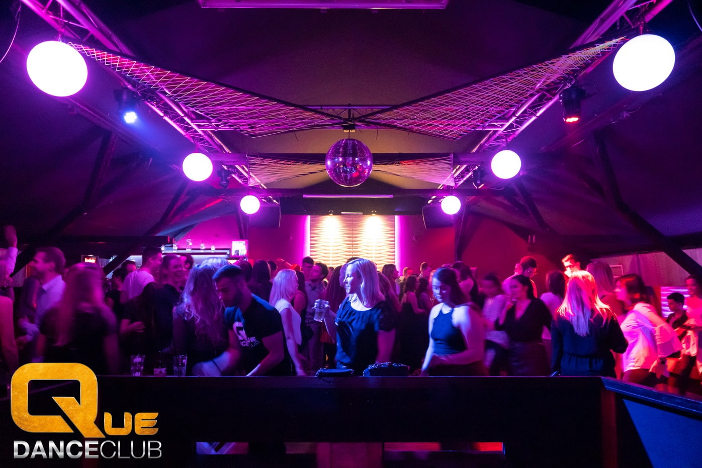2018_12_25_Que_Danceclub_Engels_Nacht_2018_Nightlife_Scene_Timo_025