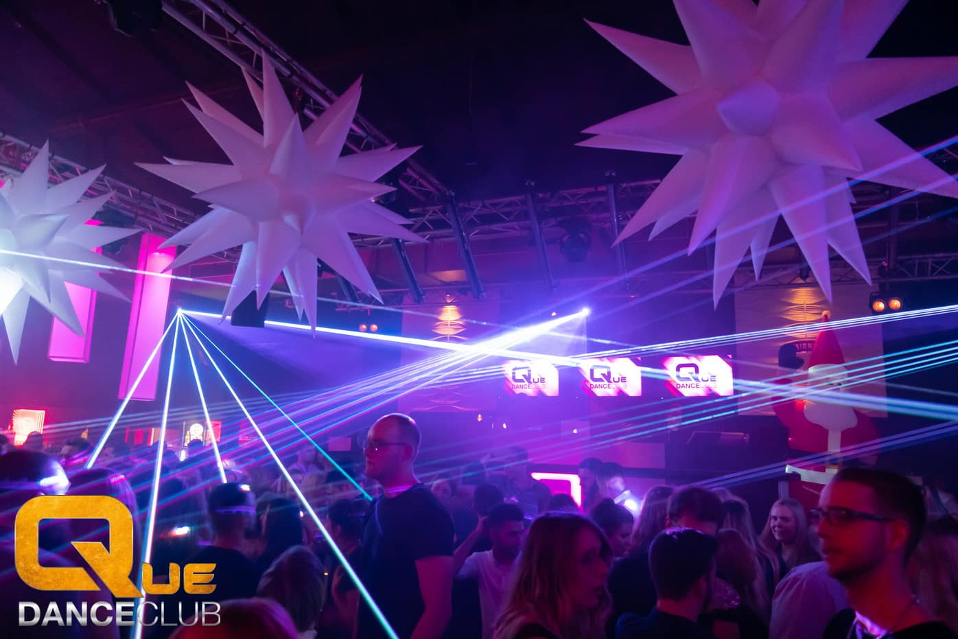 2018_12_25_Que_Danceclub_Engels_Nacht_2018_Nightlife_Scene_Timo_029
