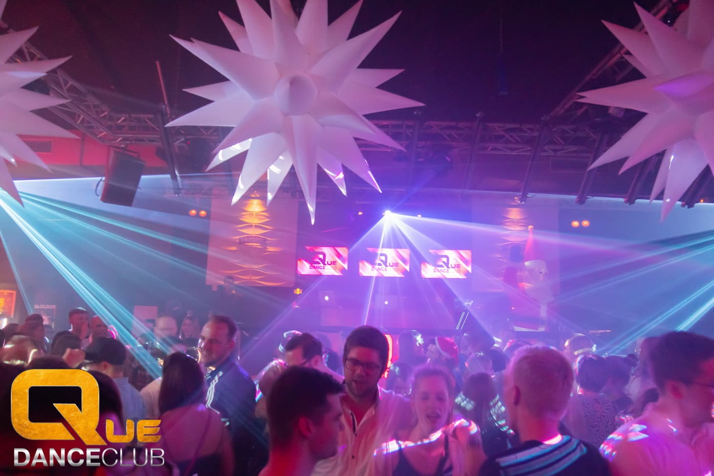 2018_12_25_Que_Danceclub_Engels_Nacht_2018_Nightlife_Scene_Timo_067