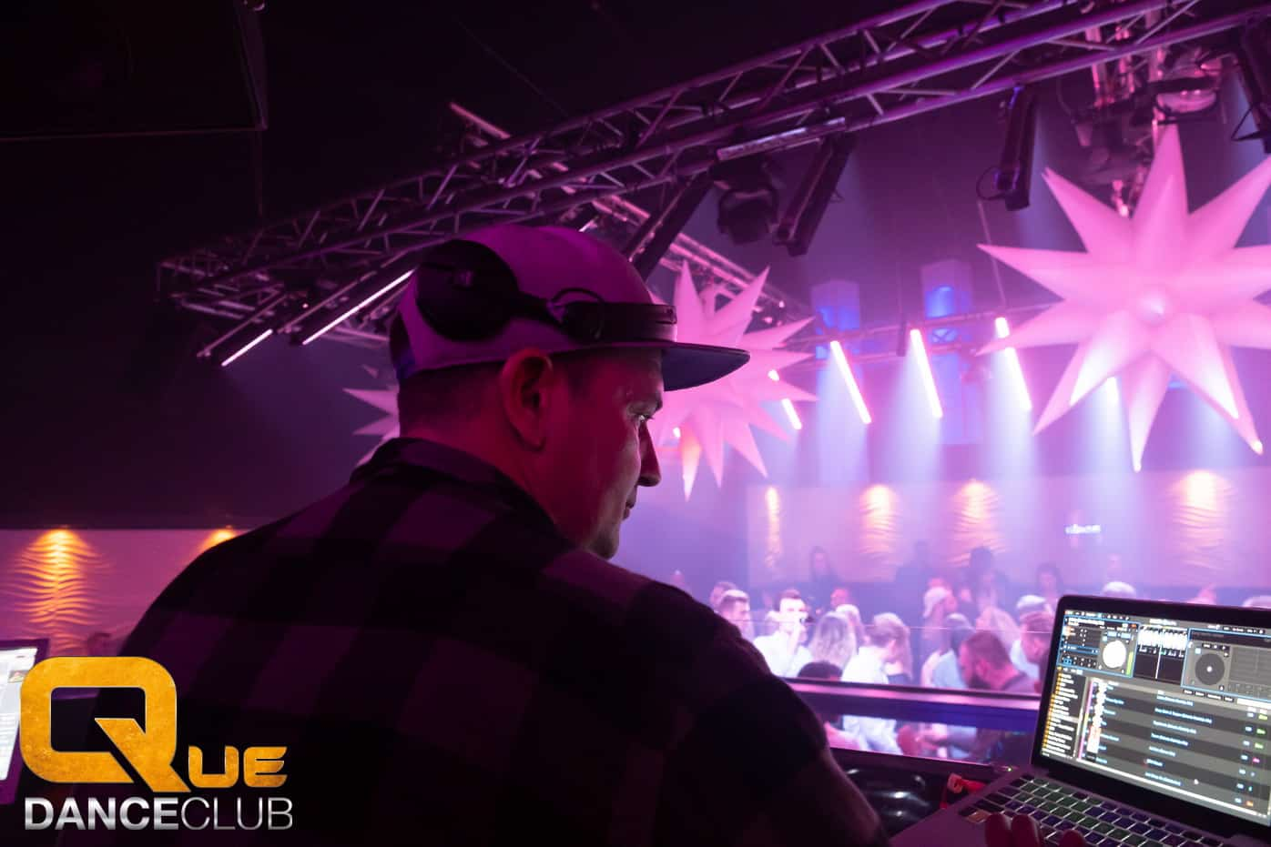 2018_12_25_Que_Danceclub_Engels_Nacht_2018_Nightlife_Scene_Timo_081